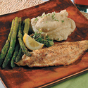 Broiled Catfish with Lemon Wine Sauce
